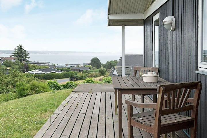 Spacious Holiday Home in Ebeltoft with Terrace