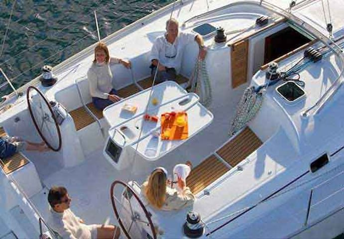 Sailboat Charter in Barcelona BE39