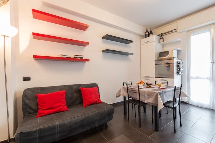 Nice and Pretty flat Certosa - Milaan - Appartement