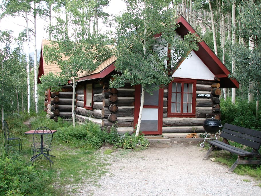 Ww cabin on black cloud creek cabins for rent in twin for Cabin rentals co