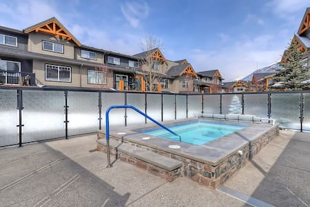 Perfect condo get-away in the Rockies