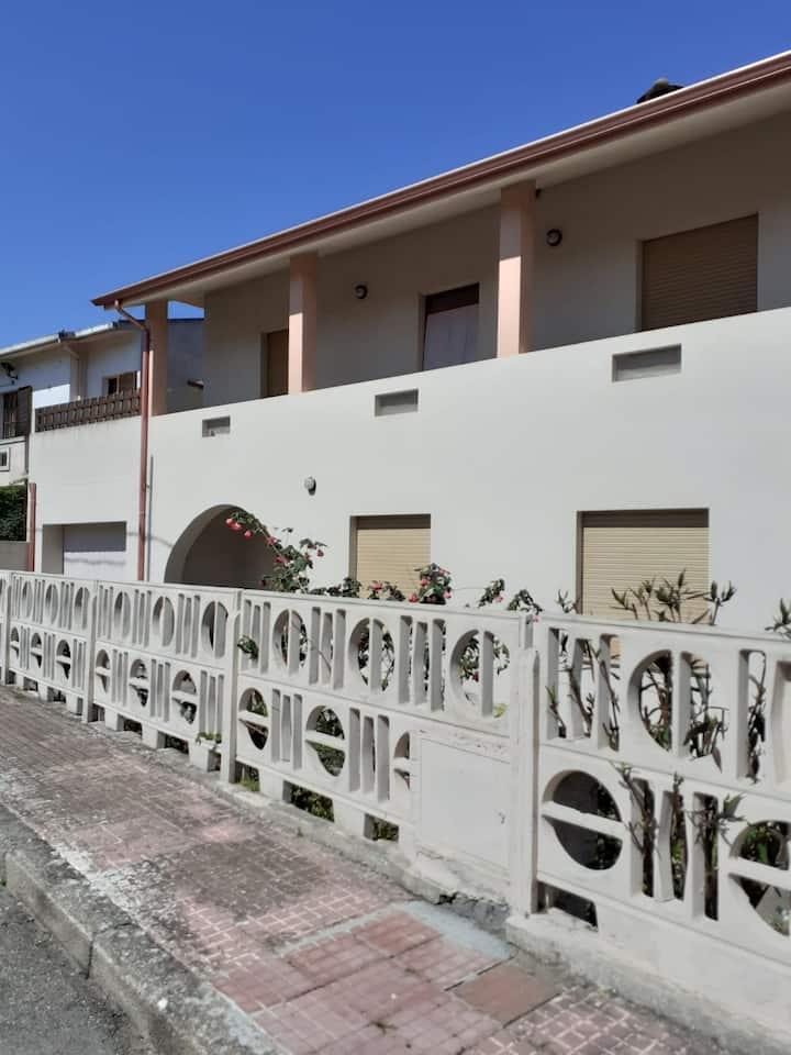 S'Ixibi - Casa delle radici