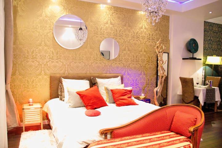 Romantic Luxury Suite in Provence - Salon-de-Provence - อพาร์ทเมนท์