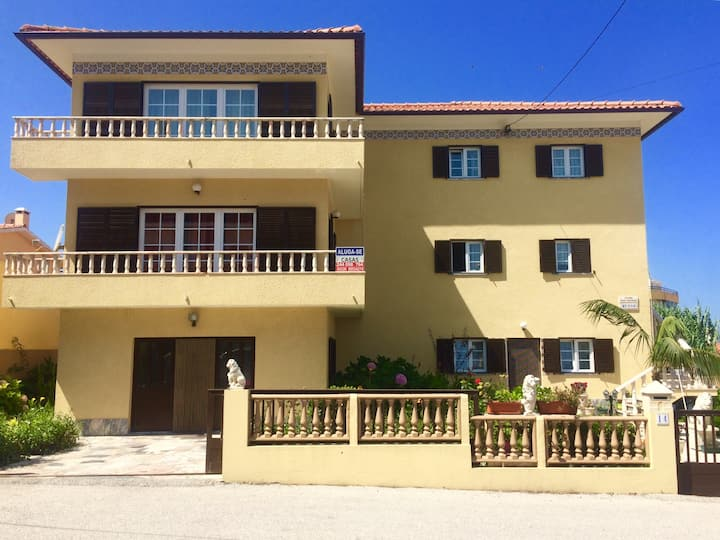 Grande maison T4 avec balcons