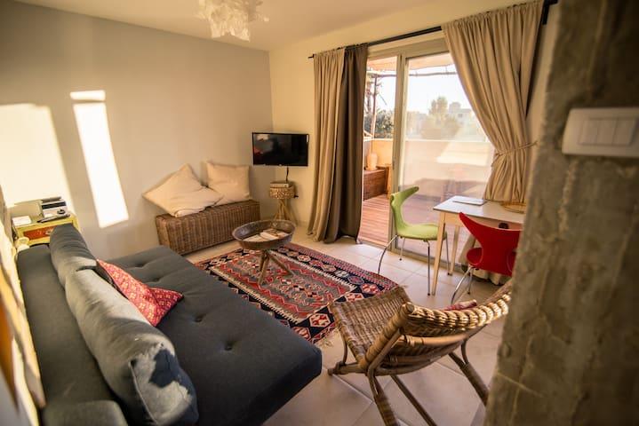 Desert Home, The Villa -Roof terrace apartment