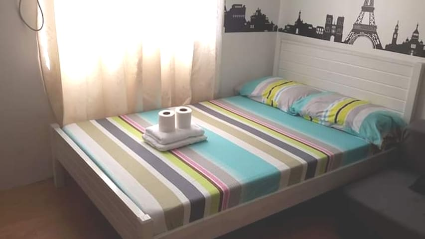 Feel at home and relax in our unit with wifi