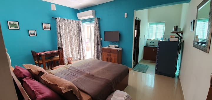 New Studio apartment-Near Anjuna beach, North Goa.