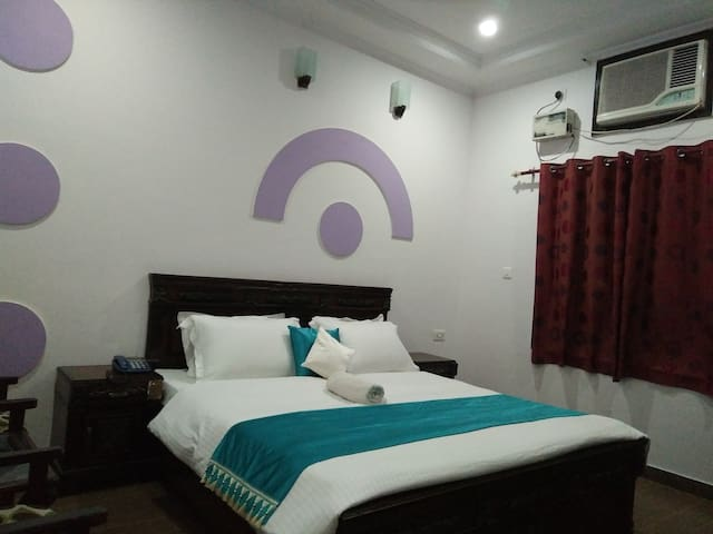 HOTEL PARADISE INN - Haridwar - Bed & Breakfast