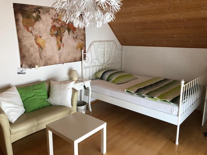 Schönes Zimmer mit Bad am Goldachpark 2