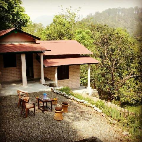 Riverdale homestay cottage (JEOLIKOTE, NAINITAL)