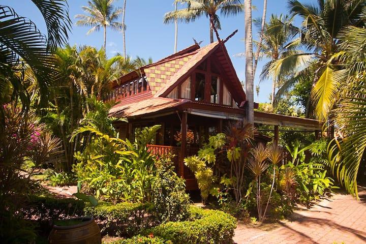 Holiday villa S5 at Bang Por Beach