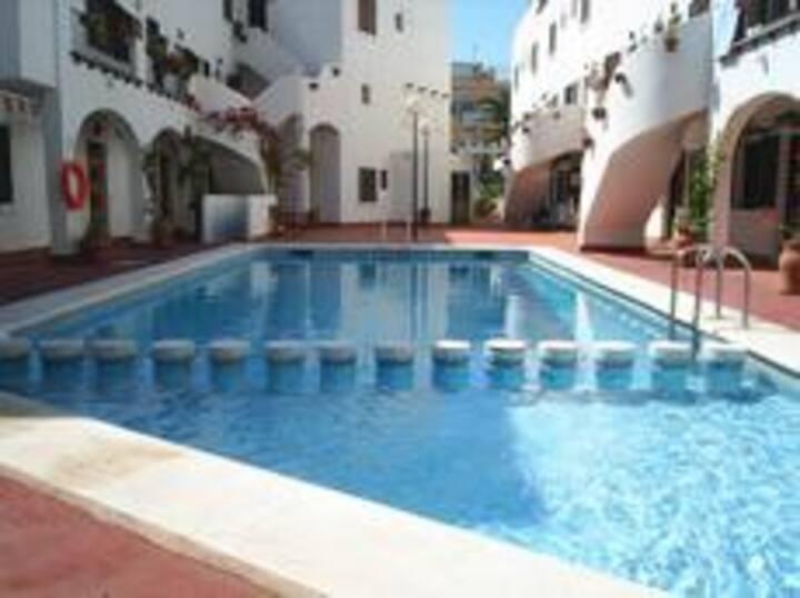ALICANTE (Campello),maison bord de mer et piscine