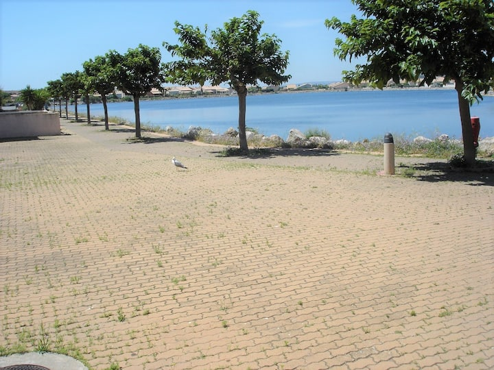 La terrasse des Horizons du lac,plage 5 mn ,WIFI