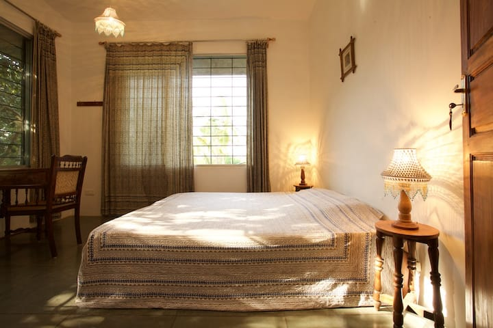 The ANNEX, I.A. Guest House Room #4
