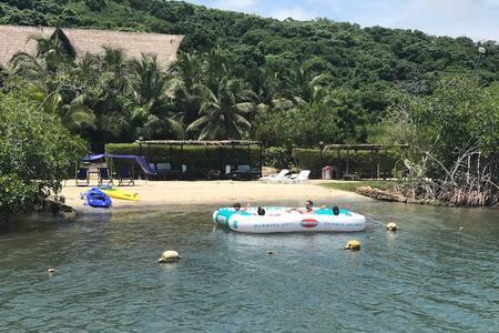 El Paraiso existe en Isla de Baru Cholon Cartagena