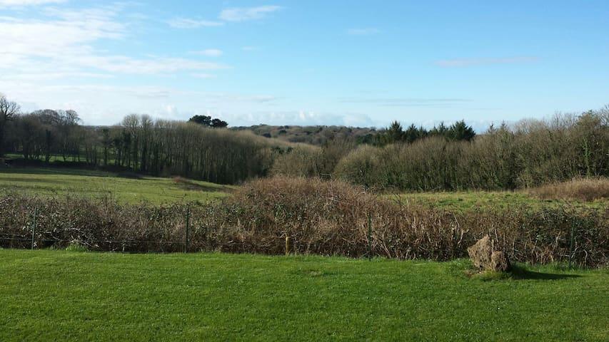 Lovely property Close to Barafundle Bay (sleeps 8)