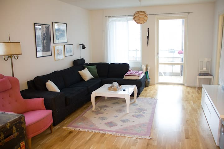 Bargain: spacious, newly built, 3 min to metro - Stockholm - Apartment