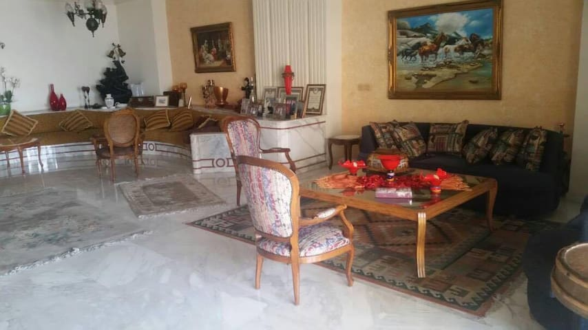 Super Deluxe Jounieh Apartment with pool