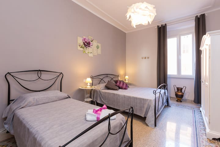 Family Apartment close to St.Peter and the Vatican - Rom - Wohnung