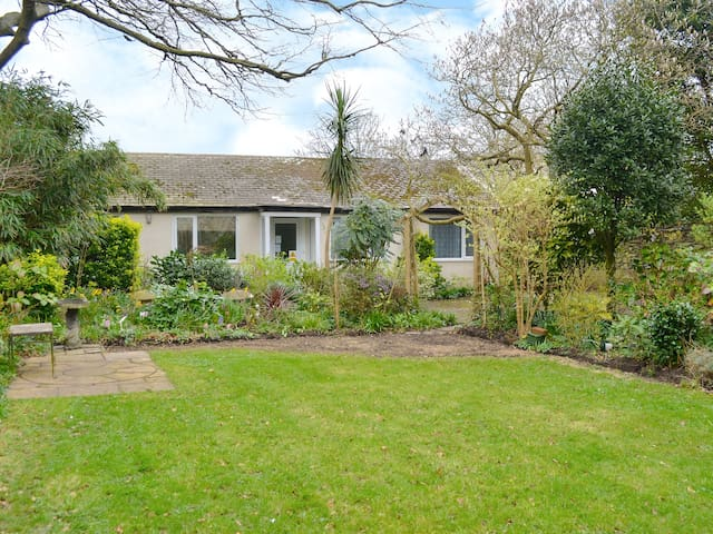 Beech Cottage (W4374)