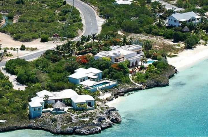 Ocean Villa + Ocean Villa 2  Beautiful Beachfront!