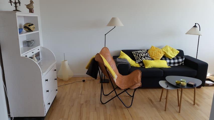 Centralt beliggende rummelig lejlighed - Frederikssund - Apartment