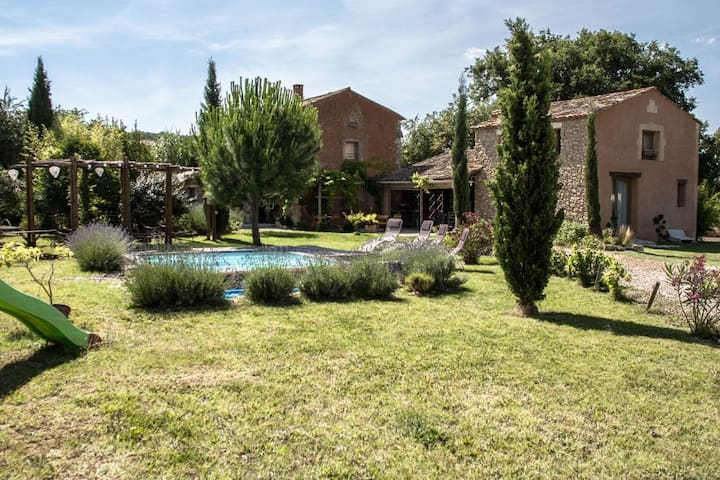 Traditional house with private pool - Saint Christol De Rodières - Huis