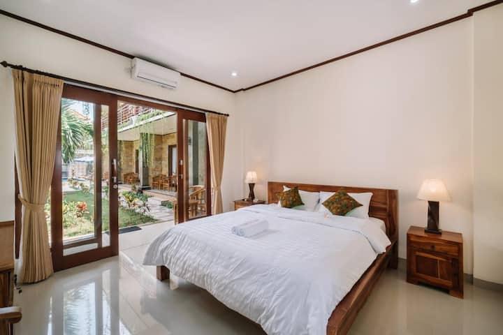 Lembongan Superior Bed & B'fast at Jungut Batu