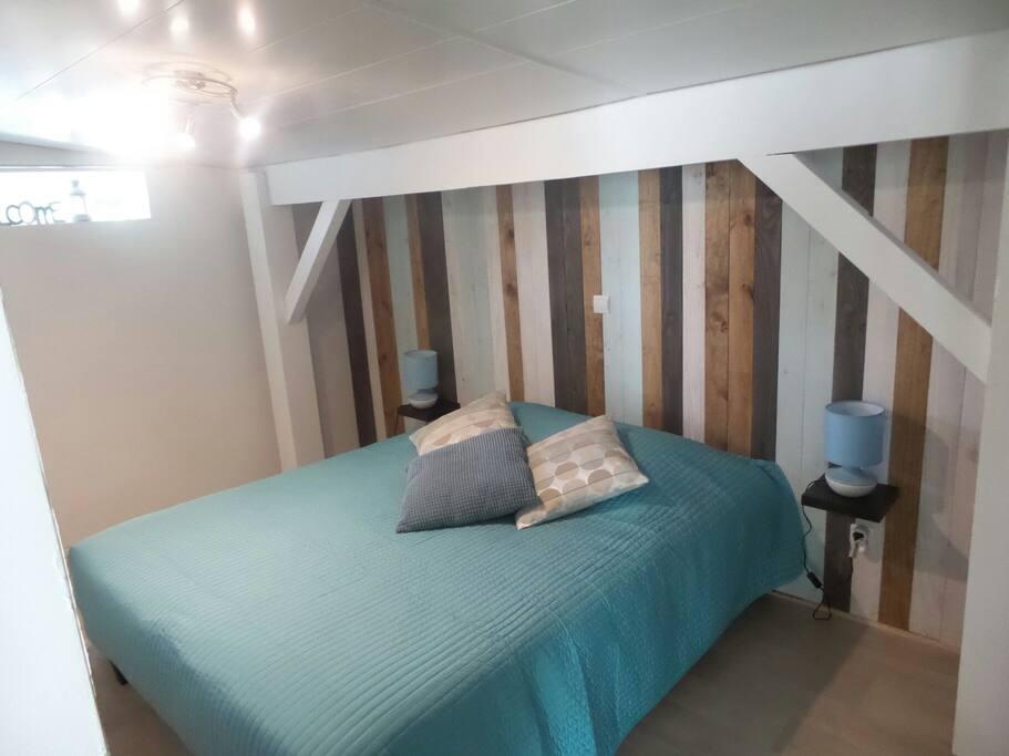 Petite maison au coeur du m doc maisons louer for Garage castelnau de medoc