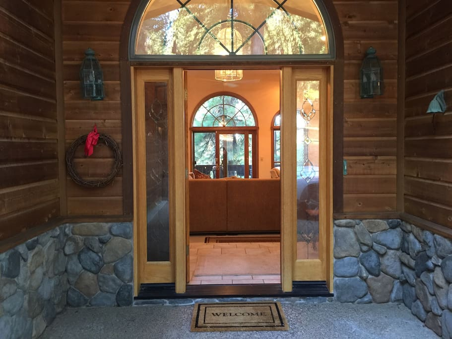 Welcome to your luxury mountain house