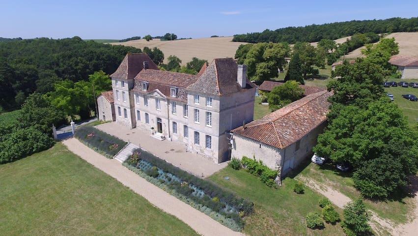 Dordogne Perigord nice Chateau