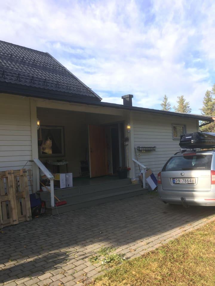 Koselig hus i skogen 20 minutter fra Trysilfjellet