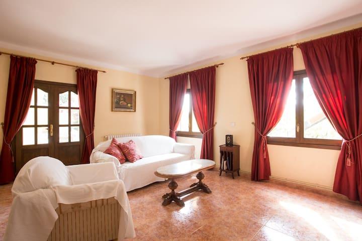 Lovely house. Pool and garden - Esporles - Villa