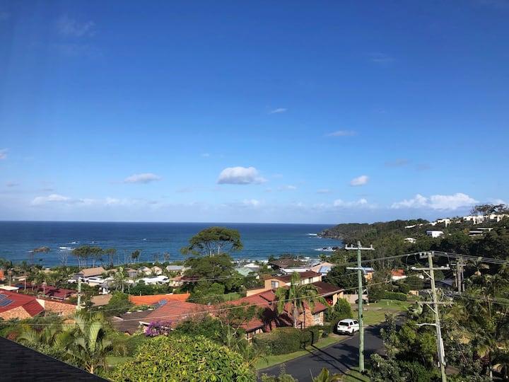 Korora Beach Escape - Home with pool & ocean views