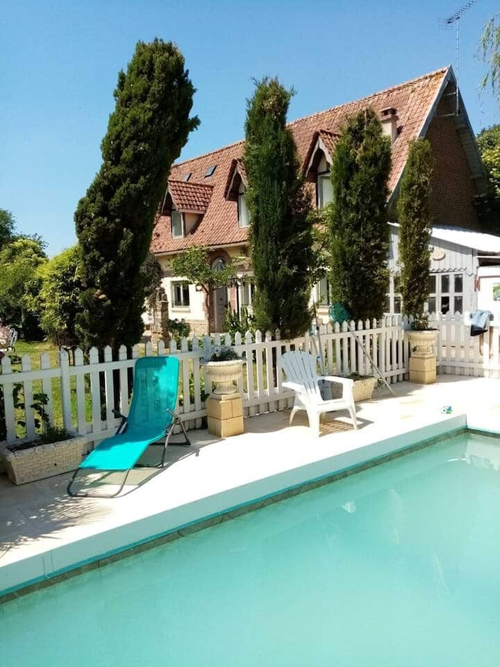 House with 2 bedrooms in Bracquetuit, with shared pool, enclosed garden and WiFi