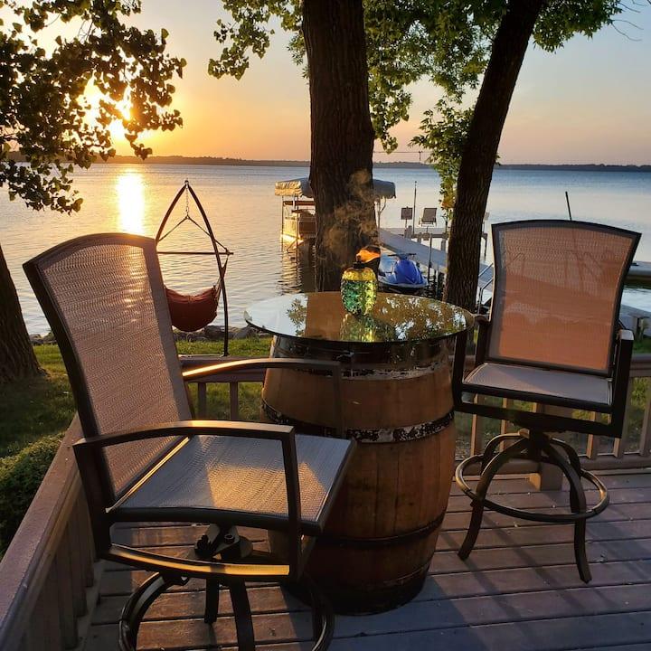 Peaceful Reflections on Lake Ida
