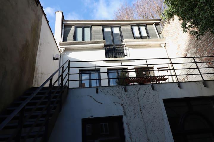 ° Magnolia House °