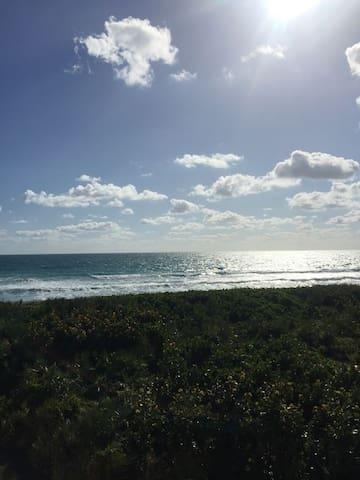 Hutchinson Island Beachside Paradise