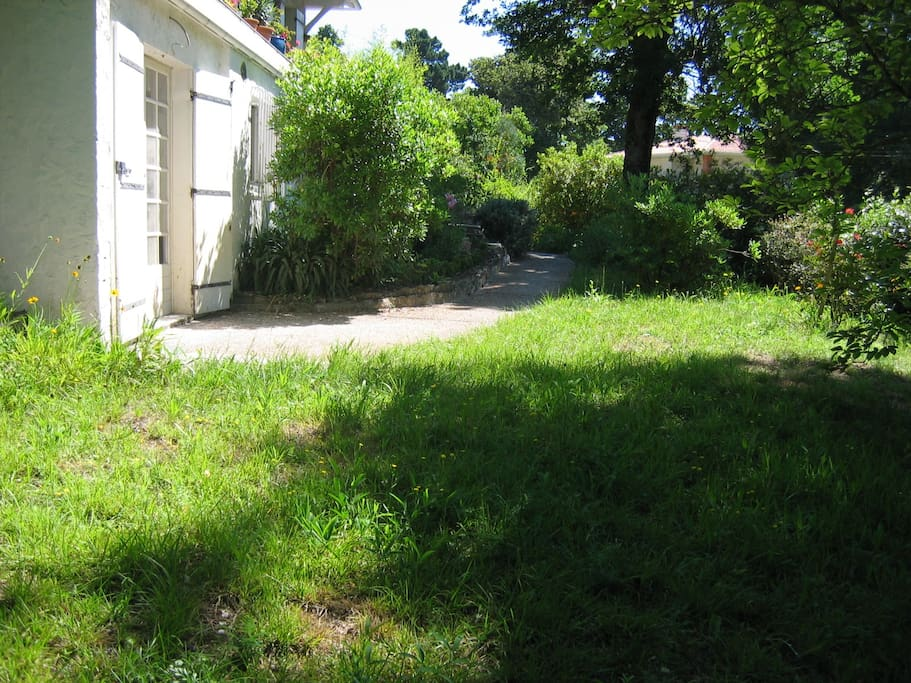 Appartement avec jardin appartements louer arcachon for Appartement a louer avec jardin bruxelles