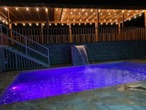 Guest house El Yunque with private pool. 25 people