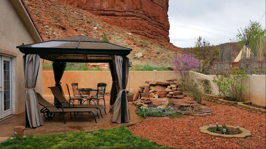 By Zion National Pk,Bryce,Grand Canyon,Lake Powell - Kanab - Vacation home