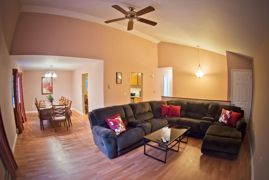 Upper Level Open Concept Living Room with Dining Room for entertainment