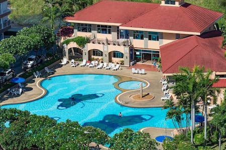 Jomtien Beach Condominium, Pattaya, А2