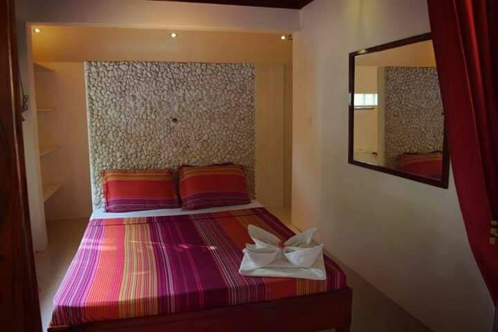Surfers Lodge - Deluxe A.C. Double Bed Private - General Luna - Lejlighed