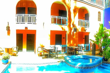 Riad , swimming pool private rooms - Agadir