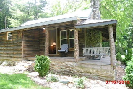 Sam's Cabin - on the Watauga River! - 班纳艾尔克(Banner Elk) - 小木屋