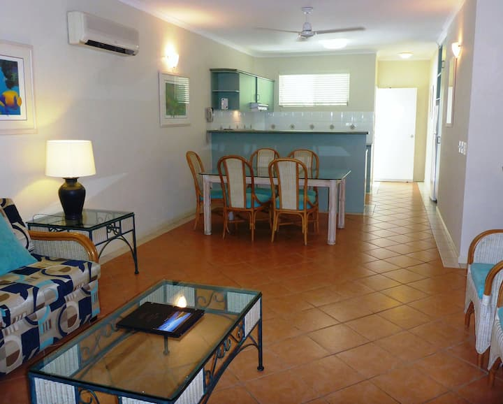 2 Bedroom Getaway Palm Cove close to the beach