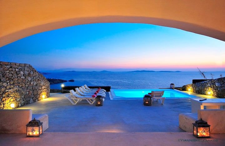 Spirit Villas 3BD private pool liveandtravelgreece