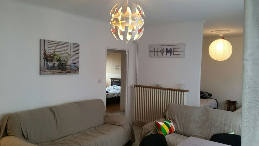 Bel appartement idéal 4 personnes - Mondelange - Apartamento