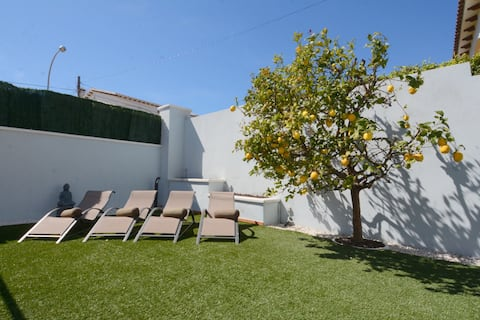 Casa Amparo Roda de Bara  Apartamento con jardín